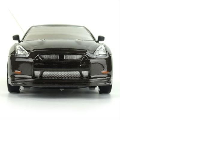 Радиоуправляемая машинка для дрифта HuangBo Toys Nissan Skyline GT-R 1:24 - 666-220