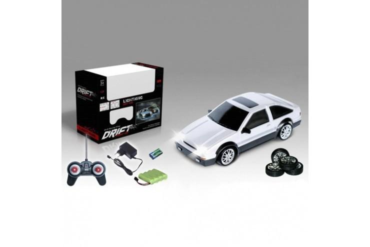 Радиоуправляемая машинка для дрифта HuangBo Toys Toyota Corolla Trueno AE86 GT 1:24 - 666-221