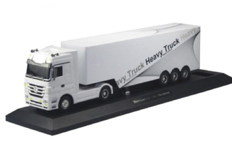 QY1101-W Радиоуправляемый грузовик Mercedes-Benz Actros 1:32 QY Toys QY1101-W