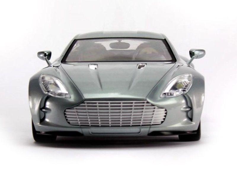 Машина MZ Aston Martin One 077 2044 1/14 +акб MZ-2044